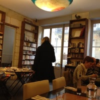 Photo prise au Les mots bleus par Catherine L. le1/10/2012