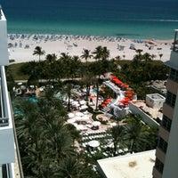 Photo taken at Loews Miami Beach Pool by Z@ck Sakhary C. on 8/21/2012