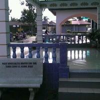Photo taken at Masjid Jamek Sungai Abong by Adam S. on 11/20/2011