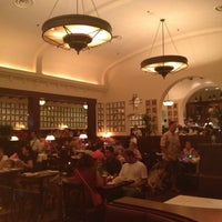 Photo taken at The Hollywood Brown Derby by Josh on 5/26/2012