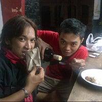Photo taken at Wedangan babe by Chandra C. on 3/25/2012