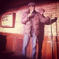 Foto tirada no(a) Comedy Cellar por Jordan F. em 2/1/2012