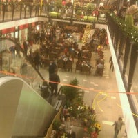 Photo taken at Immo Outlet Centar by Vladan J. on 12/4/2011