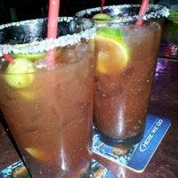 Foto tomada en Goodfellas Sports Bar por Alannah M. el 1/31/2012