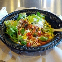 Photo taken at Qdoba Mexican Grill by Adí on 8/23/2012
