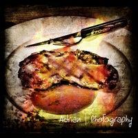 7/21/2012 tarihinde Adrian O.ziyaretçi tarafından The FoodHall'de çekilen fotoğraf