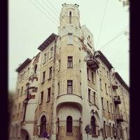 Снимок сделан в Подсосенский переулок пользователем Alexey I. 5/6/2012