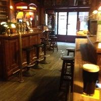 Das Foto wurde bei Shamrock Irish Pub von Fu.Mentes. am 2/7/2012 aufgenommen
