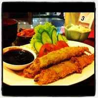 Photo taken at Osaka Healthy Japan Restaurant by Davich K. on 3/16/2012