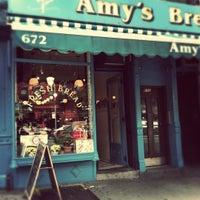 Foto tomada en Amy's Bread por Annie M. el 10/1/2011