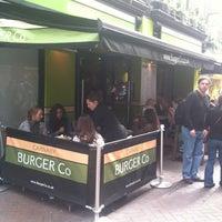 Снимок сделан в Carnaby Burger Co пользователем Thodoris 5/29/2011