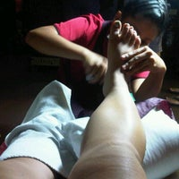 Photo taken at Body Tune Tradional Thai Massage by Yvonne T. on 1/22/2012