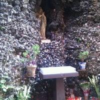 Foto tomada en Basílica Ntra. Sra de las Angustias por Fran A. el 9/4/2011