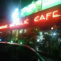 Photo taken at Bintang Sidewalk Cafe by Carlos F. on 8/13/2012