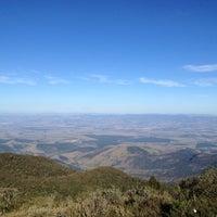 Foto diambil di Pico do Itapeva oleh Ronaldo F. pada 8/18/2012