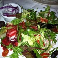 Foto tomada en Ruth's Chris Steak House por Rachael P. el 2/3/2012