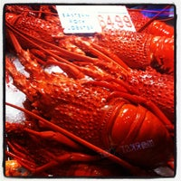 Photo taken at Sydney Fish Market by kLeoN on 1/30/2012