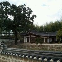 Photo taken at 북서울꿈의숲 이야기정원  / History Garden by jongsu S. on 9/21/2011