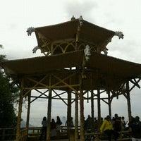 Photo taken at Vista Chinesa by renato x. on 11/15/2011