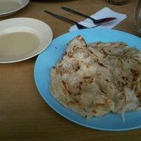 Photo taken at Arbi Cafe & Catering, Jalan Parry, Miri by Dunald ッ. on 5/15/2012
