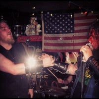 Photo taken at Hank's Saloon by Aerik V. on 4/24/2012