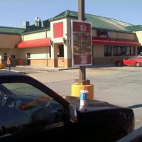 Photo taken at Wendy's by Keetle W. on 10/24/2011