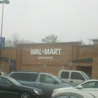 Photo taken at Walmart Supercenter by Barbara G. on 1/22/2012