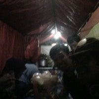 Photo taken at Mie Jakarta Pak Dono by sendy s. on 9/25/2011