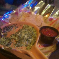 Photo taken at Applebee's Grill + Bar by Chillz on 9/25/2011