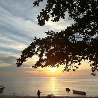 Photo taken at Pantai Teluk Kemang by Yoke Shan L. on 3/13/2011