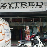 Photo taken at EZYTRED, Kapar, Klang by سيداه ن. on 1/20/2012