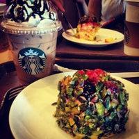 8/16/2012 tarihinde Ege Ş.ziyaretçi tarafından Starbucks'de çekilen fotoğraf