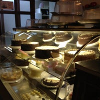 Photo taken at Creme Brulee Chocolaterie by Fer on 8/11/2012