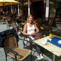 Photo taken at Croissanterie & Restaurant Thiemsbrug by Tineke B. on 8/13/2011