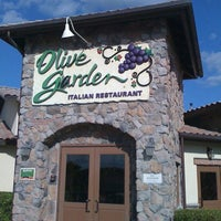 Photo taken at Olive Garden by Michael H. on 10/1/2011