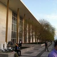 3/20/2012 tarihinde Joey W.ziyaretçi tarafından John F. Kennedy Center Eisenhower Theatre'de çekilen fotoğraf