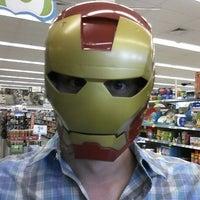 Foto tirada no(a) Walgreens por John H. em 6/3/2012