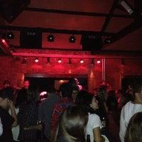 Foto tirada no(a) Buxixo Rock Bar por Herbert T. em 5/20/2012