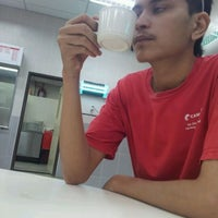 Photo taken at CIMS canteen by Mohamad Uzir M. on 9/8/2011