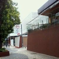 Foto tirada no(a) Pizzaria Donna Margherita por Anizio M. em 10/18/2011