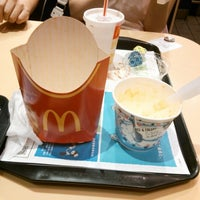 Photo taken at McDonald's by 谷 眞. on 8/17/2012