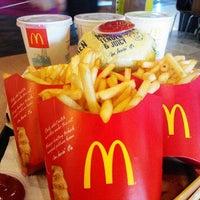 Photo taken at McDonald's & McCafé by Jasoиteh.com on 4/6/2012