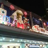Foto tirada no(a) Top Center Shopping por Mauricio S. em 12/15/2011