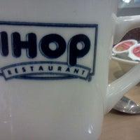 Photo taken at IHOP by Kitten on 11/20/2011