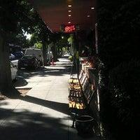 Photo taken at Buca di Beppo Italian Restaurant by NinjaNeuro on 8/6/2012