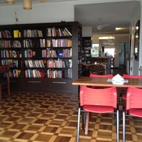 Photo taken at Ponto do Livro by Daniel S. on 7/25/2012
