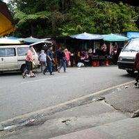 Photo taken at Kea Farm Market by Muhammad Zamani S. on 6/10/2012
