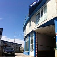 Photo taken at Vayper automoción by Unamesaporfavor.com on 5/25/2012