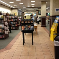 Photo taken at Barnes & Noble by Vera T. on 3/25/2012