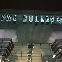 Foto tomada en Boulevard Mall por Rpryncess C. el 2/28/2012